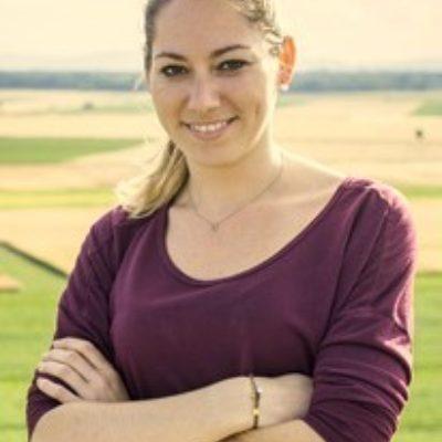 Portraitfoto Nicole Mayer, MA